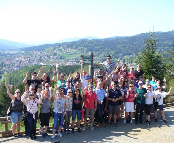 Auf dem Silberberg bei und mit viel Sonne, toller Aussicht, Radler, Bier, Kaffee, gute Laune …